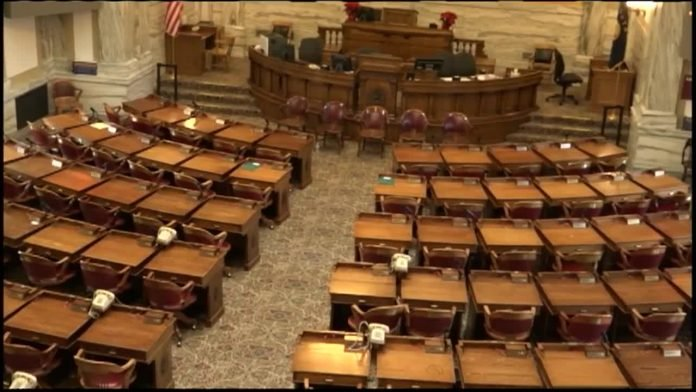 Breaking and entering bill passes West Virginia Senate
