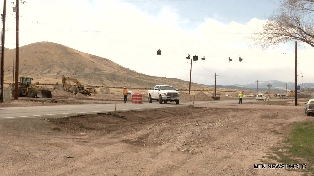 Roundabout construction begins at Lincoln Road and Green Meadow Drive